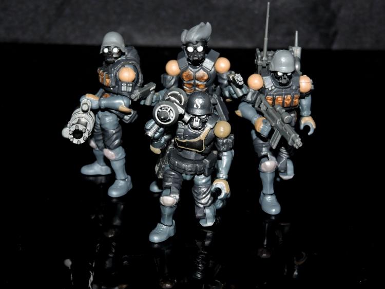 B2.Five Acid Rain World Bucks Team Troopers - Surveillance Port (45)