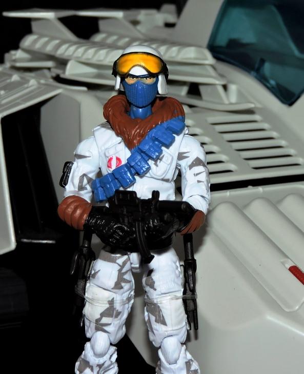G.I.Joe Collectors Club FSS 7 Cobra Ice Viper Officer - Surveillance Port (37)