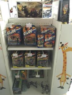 3DJoes Toys R Us Display 07 - Surveillance Port