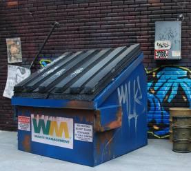 Upful Creations 118scale Dumpster 01 - Surveillance Port