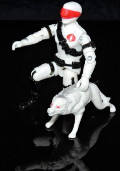 2019 Black Major Toys White Cobra Mortal - Surveillance Port (25)