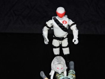 2019 Black Major Toys White Cobra Mortal - Surveillance Port (38)