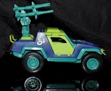 GI Joe Collectors Club Dreadnok Stinger 4x4 with Heartwrencher - Cobra Island (09)