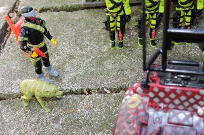 black major toys 2019 python patrol python invasor - surveillance port (08)