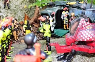 black major toys 2019 python patrol python invasor - surveillance port (14)