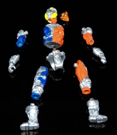 toy pizza action figure of the month metaruda rift killer - surveillance port (17)