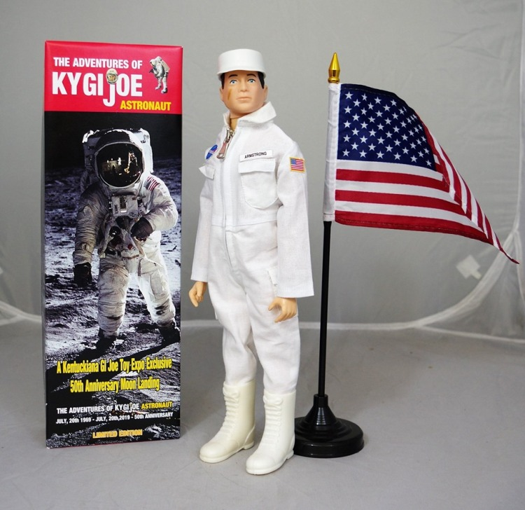 6th Annual Kentuckiana GI Joe Toy Expo 12in Exclusive - Surveillance port