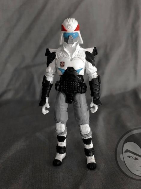 Airmax Transformers vs GI Joe Custom Crossover Prowl - Surveillance Port 04