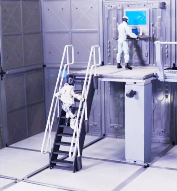 Complex Series 2 - Surveillance Port 06