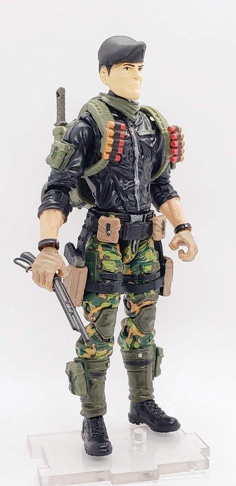 Marauder Gun Runners MTF Show Special Shotgun Officer - Surveillance Port 01