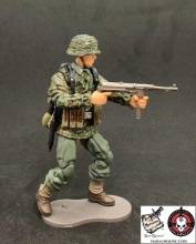 MTF WWII Kickstarter Exclusive Green Camo German Panzer Grenadier - Surveillance Port (5)