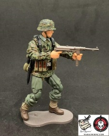 MTF WWII Kickstarter Exclusive Green Camo German Panzer Grenadier - Surveillance Port (5)