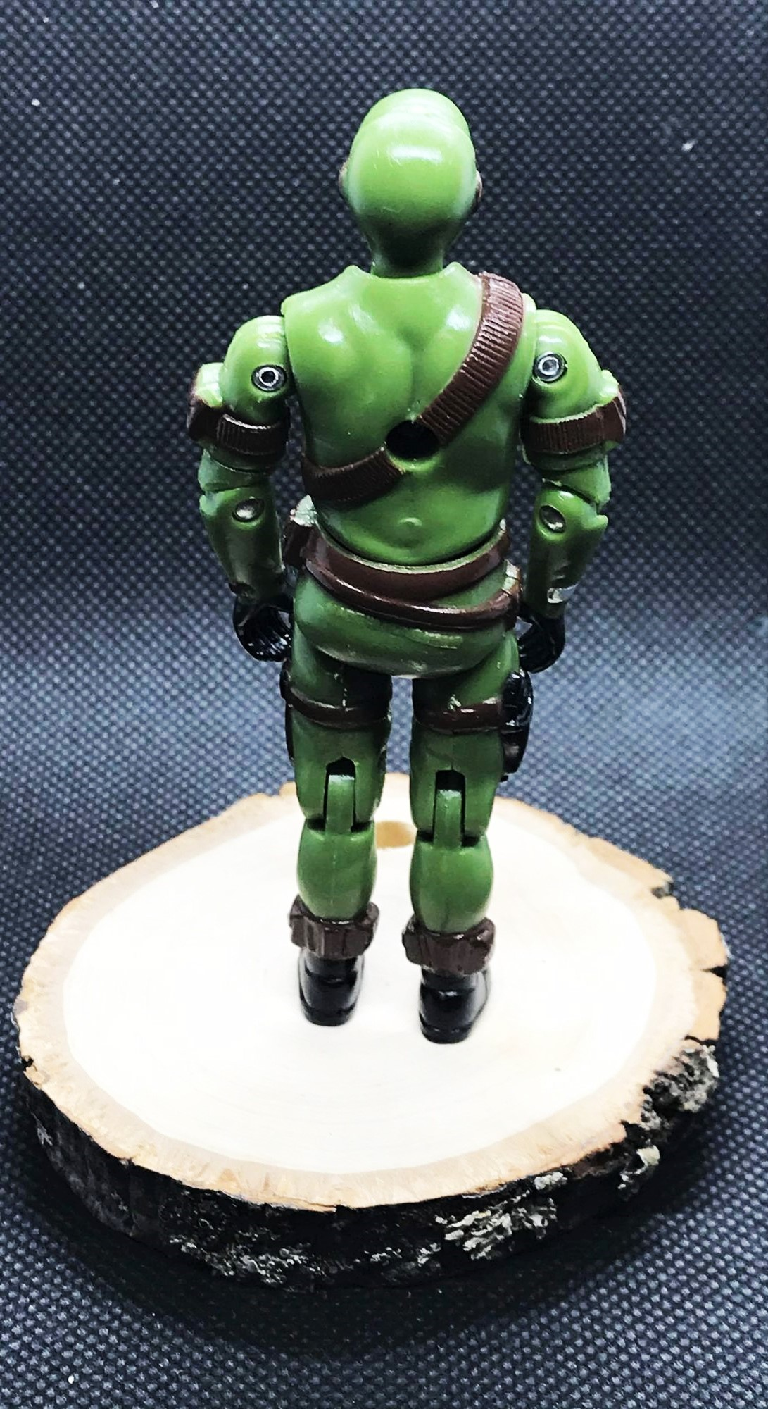 Black Major Custom Outback Commando With Wolf Green